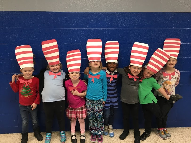 Kindergarten kids in Dr Seuss hats